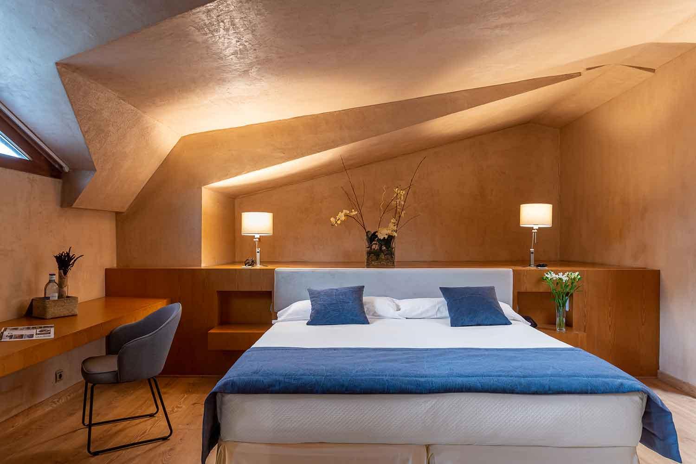 Habitaciones-atico-doble-familiar-Hotel-Xalet-del-golf