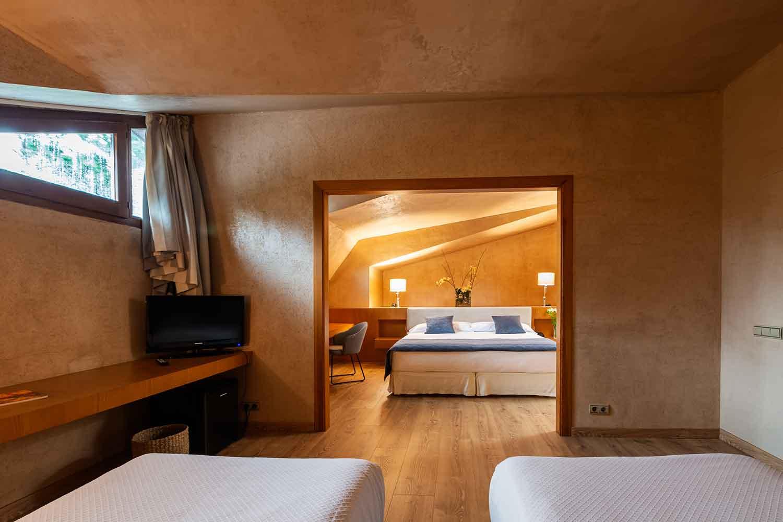 Habitaciones-doble-familiar-Hotel-Xalet-del-golf