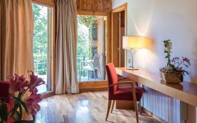 habitacion junior suite hotel chalet golf- terraza-Cerdanya-Puigcerda